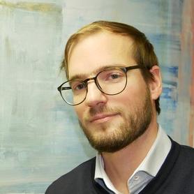 Portaitbild, Prof. Dr. Carsten Bäcker
